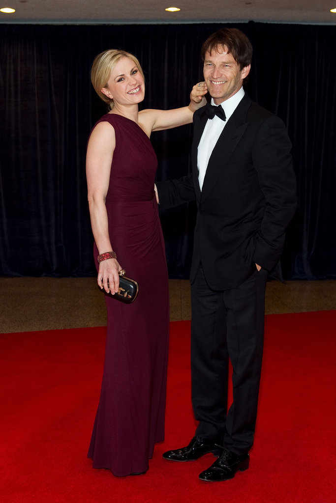 Anna Paquin wiped a kiss off Stephen Moyer's face at the April 2011 White House Correspondents Dinner in Washington DC.