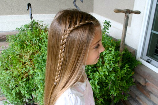 Same-Side Lace Braid