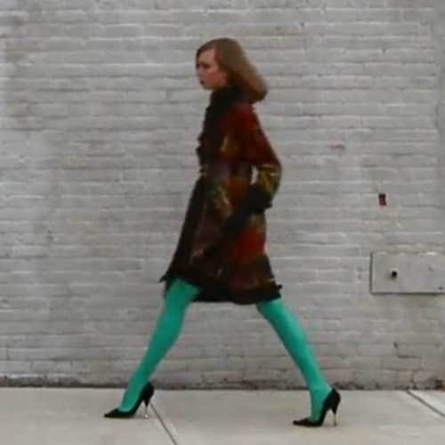 Karlie Kloss in Oscar de la Renta Fall 2011 Campaign [Video]