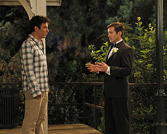 Ted (Josh Radnor) comes face-to-face with Victoria's groom (Thomas Lennon).