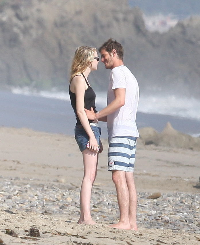 Andrew Garfield and Emma Stone had a romantic beach day.