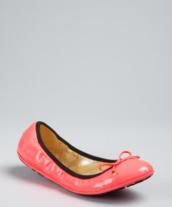 Jimmy Choo : neon pink patent leather 'Wallach' cap toe ballet flats : style # 319566401