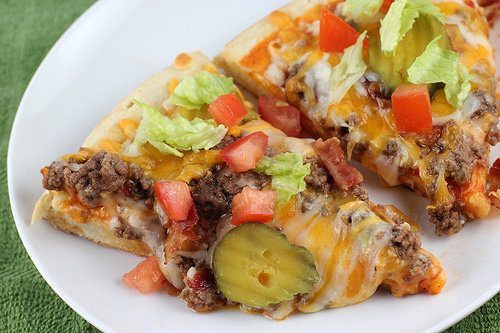 Cheeseburger Pizza Pie