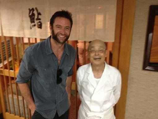Hugh Jackman posed with the chef at Sukiyabashi by Jiro. Source: Twitter user RealHughJackman