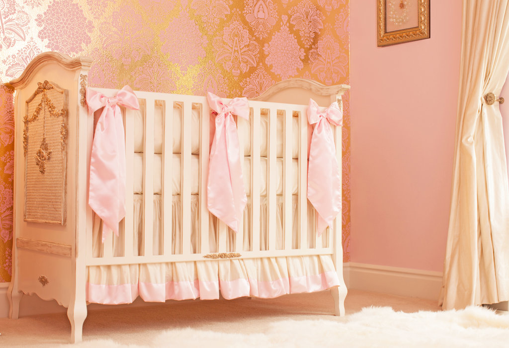 Crib For a Queen