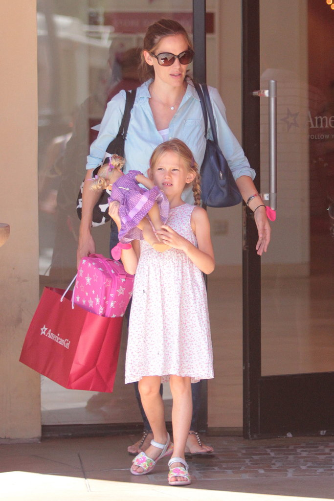 Violet Affleck held her doll while out with Jennifer Garner.