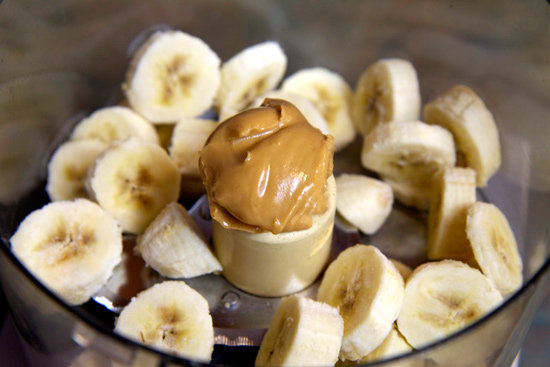 If mutual coldness as well as creamy H2O ice cream calls to you lot later dinner 150-Calorie Vegan Banana Peanut Butter Ice Cream