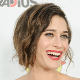 Lizzy Caplan on Sex Scenes