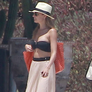 Jessica Biel and Nicole Richie at Cabo Wedding | Pictures