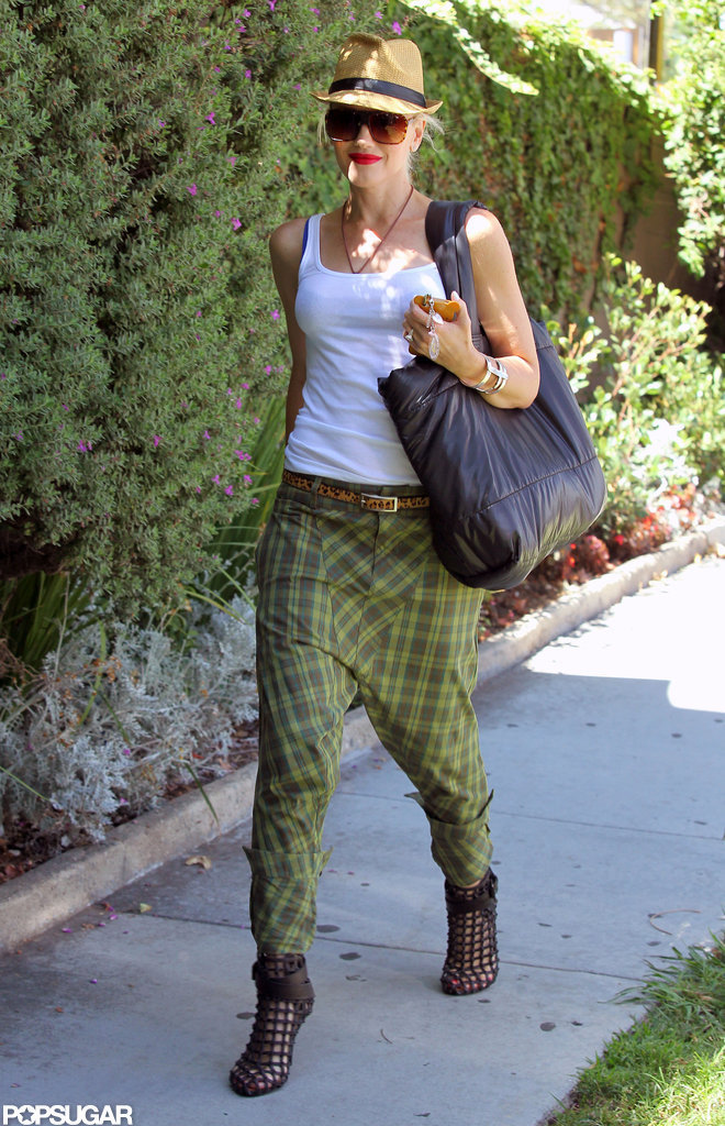 Gwen Stefani was all smiles while running errands.