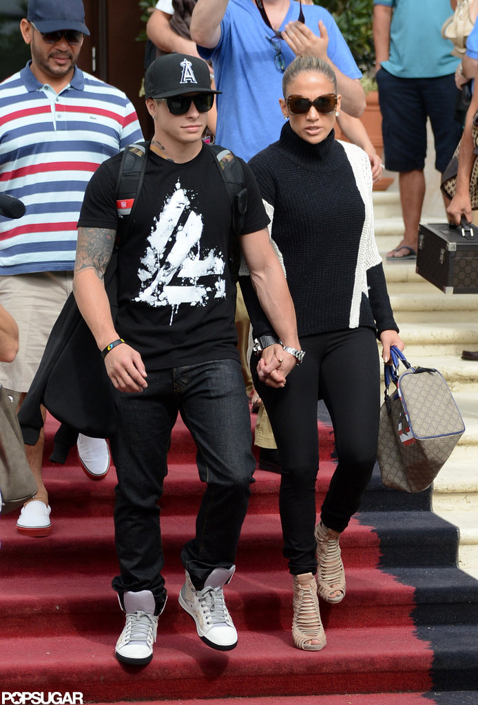 Jennifer Lopez and boyfriend Casper Smart left their Miami Beach hotel.