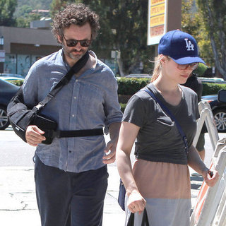 Rachel McAdams and Injured Michael Sheen Pictures