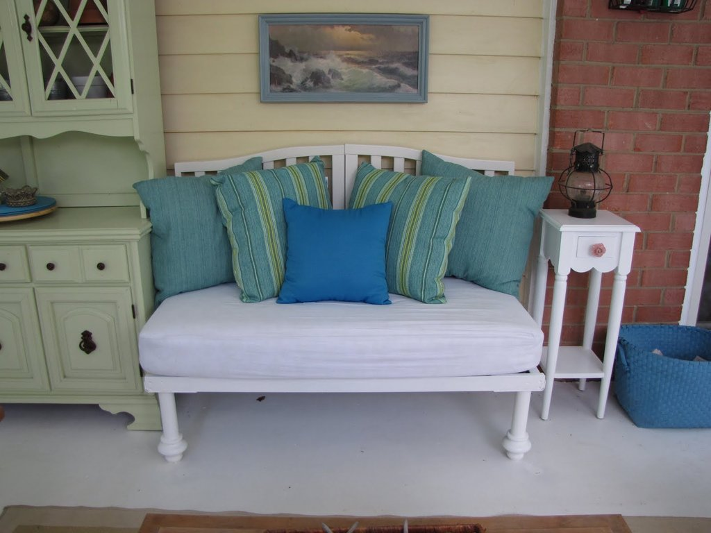 Crib-Turned-Bench