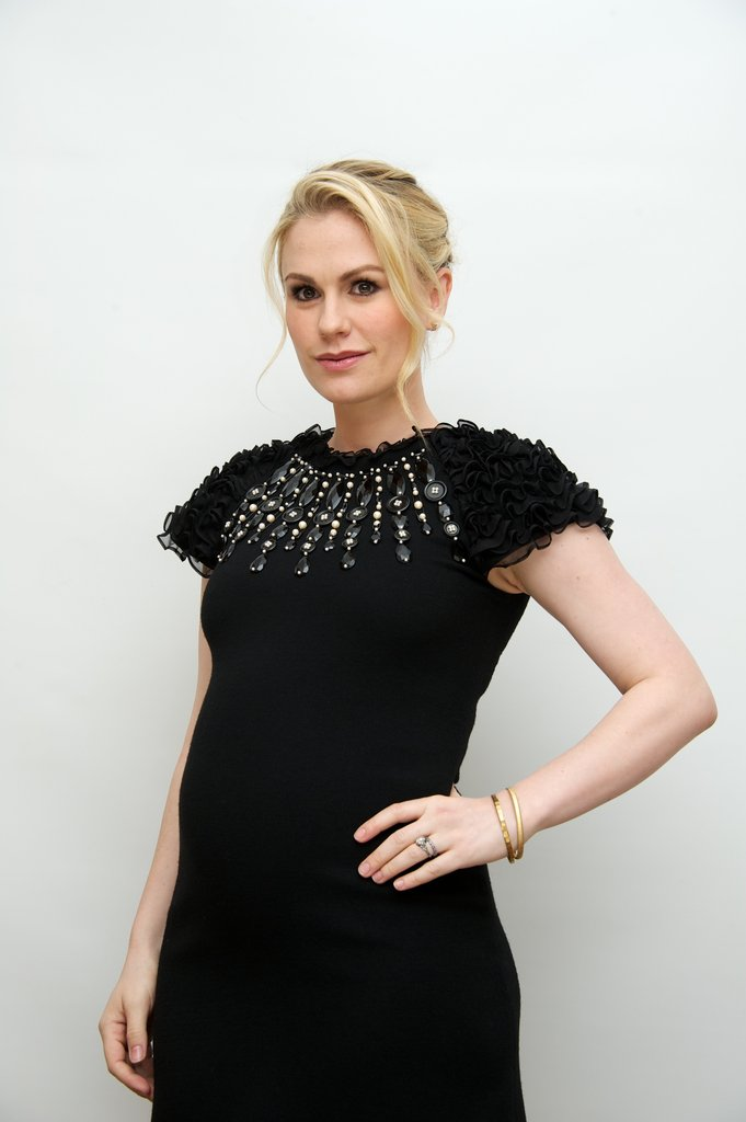 Anna Paquin's Sophisticated Styling