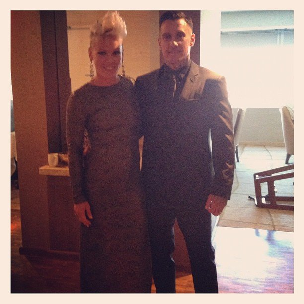 Pink posed for a photo with Carey Hart before hitting the red carpet.  Source: Instagram user pink