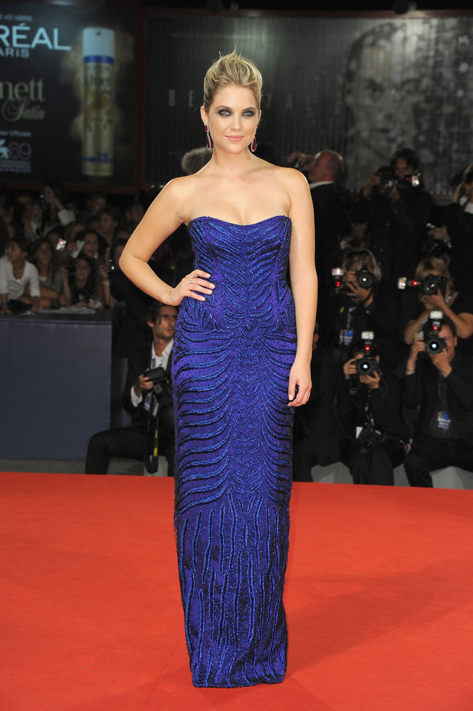 Ashley Benson chose a darker sapphire-blue column dress for the Spring Breakers premiere — the attention to texture along the surface was what made this number so stunning.