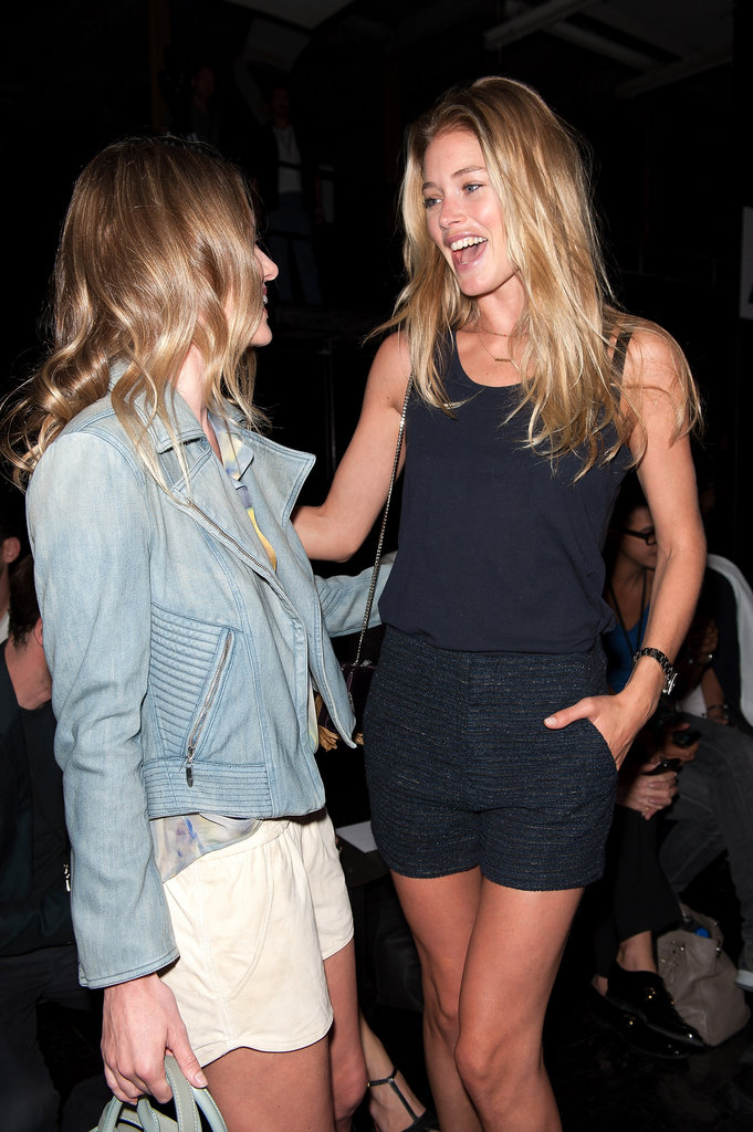 Doutzen Kroes and Kate Bosworth had a laugh backstage.