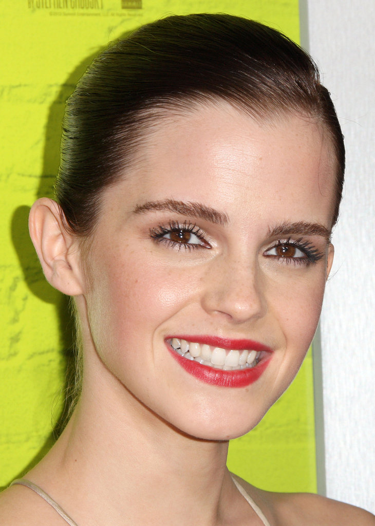 Emma Watson wore bright colored lips to the LA premiere of The Perks of Being a Wallflower.