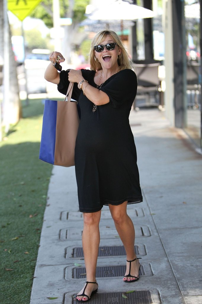 Reese Witherspoon flashed a bright smile.