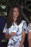 Kate Middleton had water in her wine glass in Singapore.