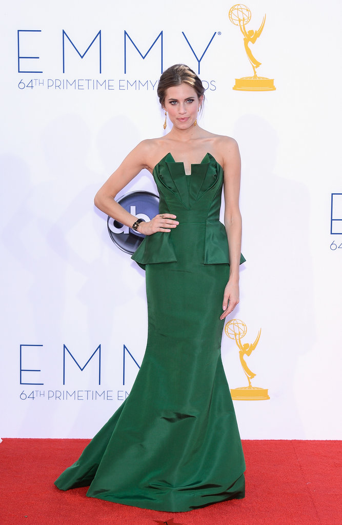 Girls star Allison Williams wowed in green at the Emmys.