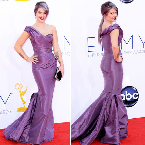 Pictures of Kelly Osbourne in Zac Posen Resort 2013 Purple Dress on the red carpet at the 2013 Emmy Awards