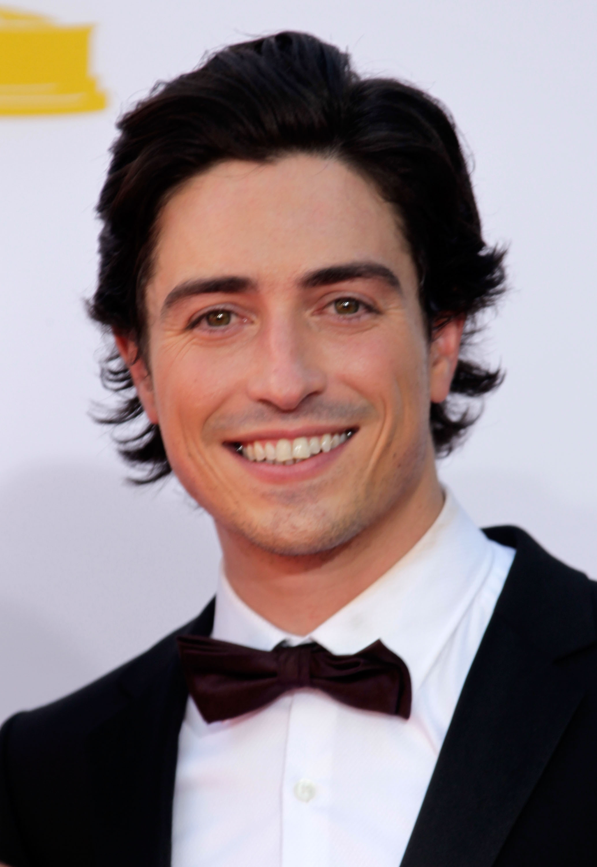 Ben Feldman brought more cool factor than his character does on Mad ...: www.popsugar.com/love/photo-gallery/25112528/image/25113978/Ben...