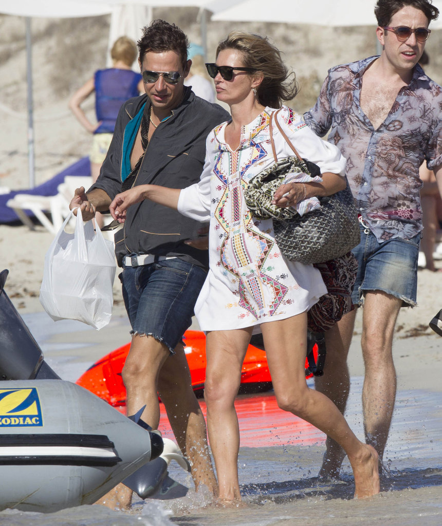 Kate Moss and Jamie Hince got onto a small boat in Ibiza.
