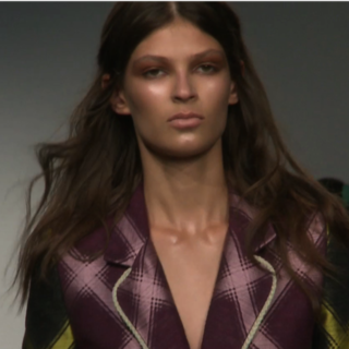 House of Holland Spring 2013 Runway (Video)