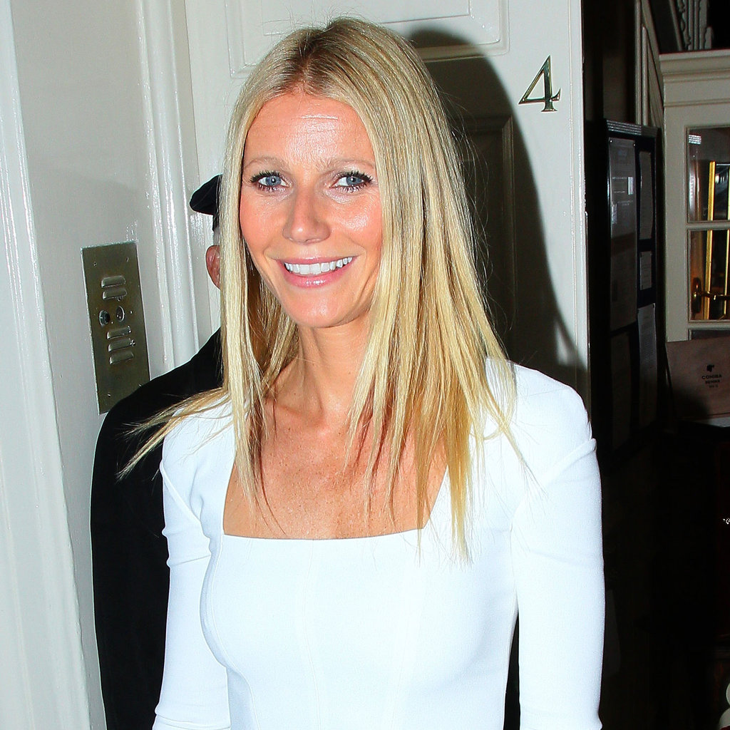 Gwyneth Patlrow served as cohost for an Obama fundraiser in London.