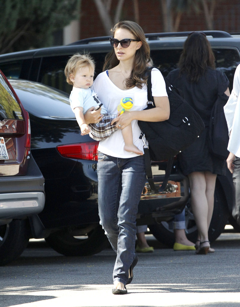 Natalie Portman walked with Aleph Millepied in her arms.