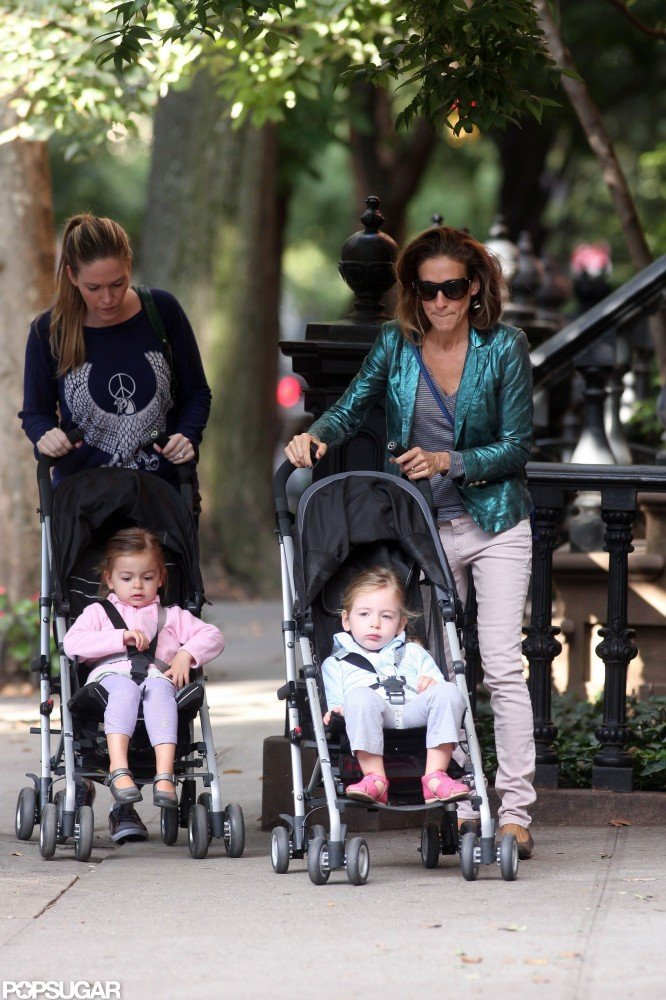 Sarah Jessica Parker strolled with Tabitha Broderick and Loretta Broderick.