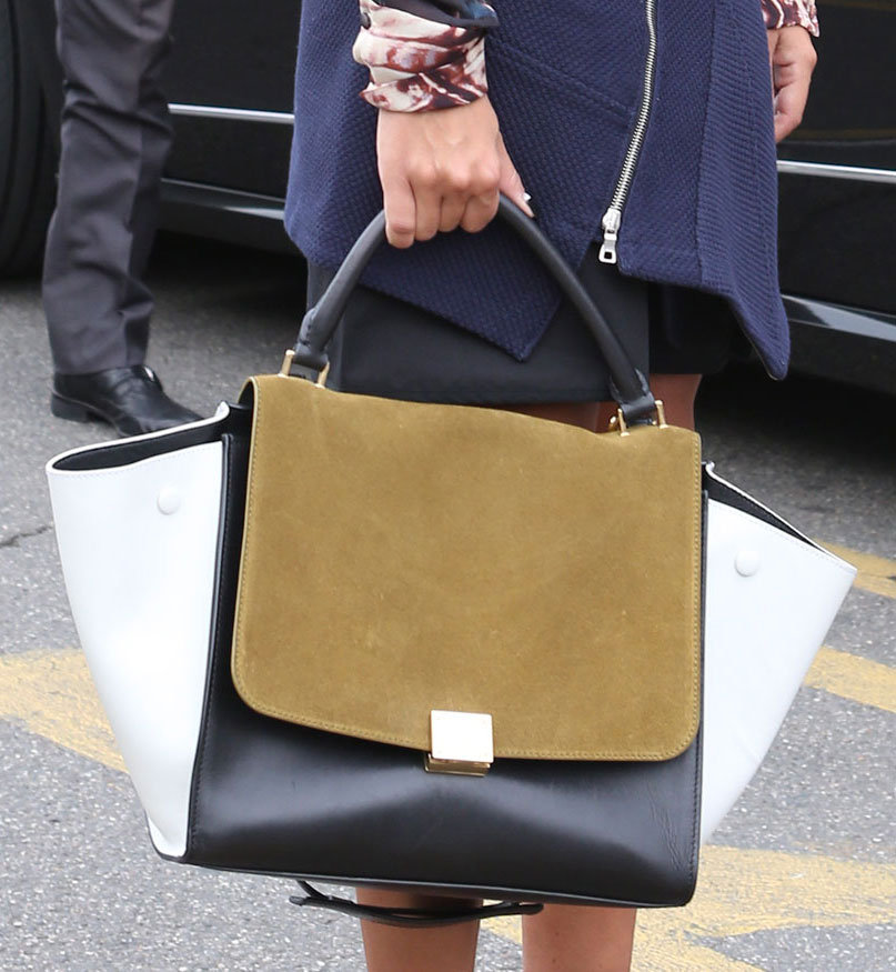 One needs little else but an ultrachic Céline to make a fashionable impression while heading from show to show. Source: IMAXtree
