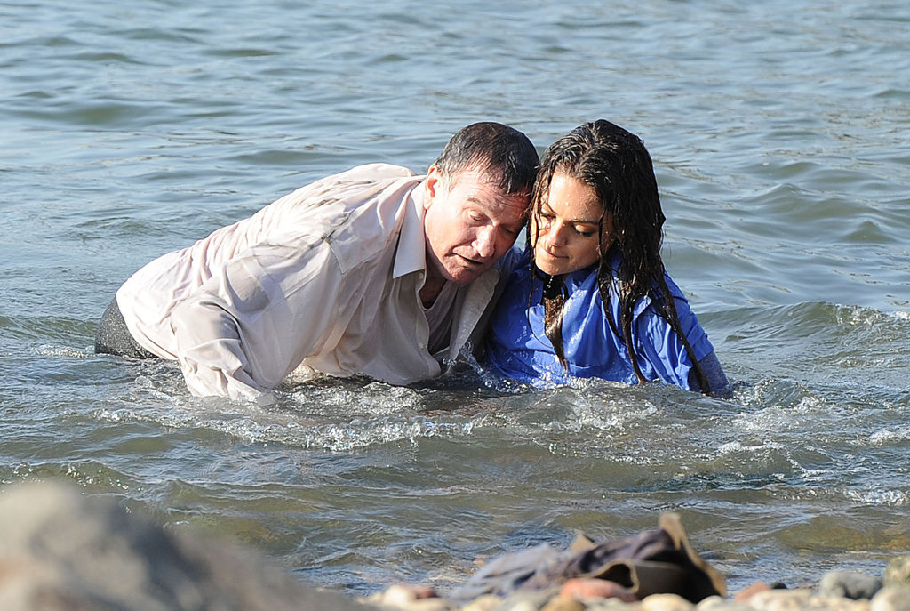 Mila Kunis and Robin Williams filmed a scene in the water.
