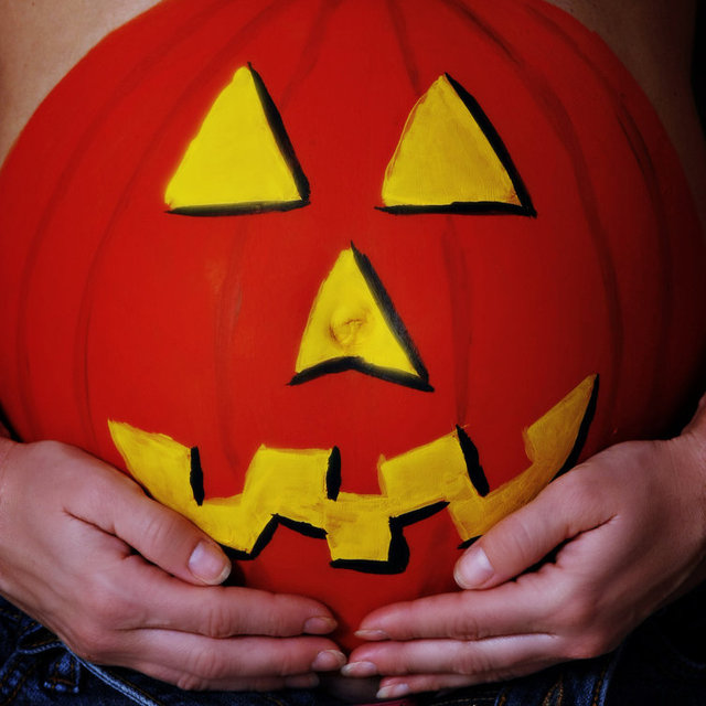 Painted-Belly Halloween Ideas For Pregnant Women