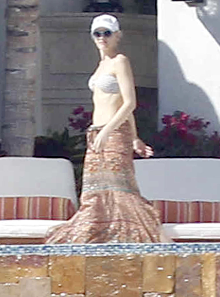 Gwen Stefani wore a white, strapless bikini top during a family vacation in Mexico in April 2012.