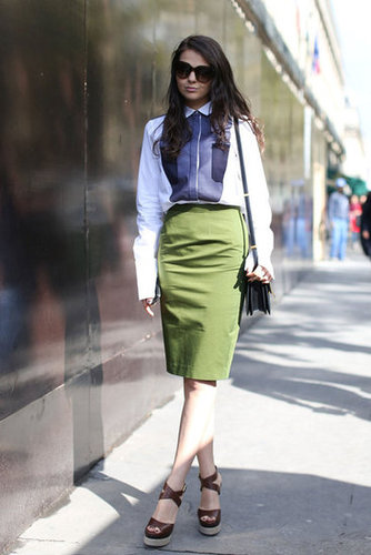 Navy blues and moss green made a subdued but totally chic combo, as did her understated silhouettes.