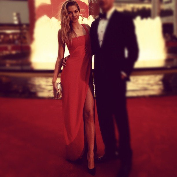 Jess Hart was every inch the beautiful supermodel in her red Valentino gown. Source: Instagram user 1jessicahart