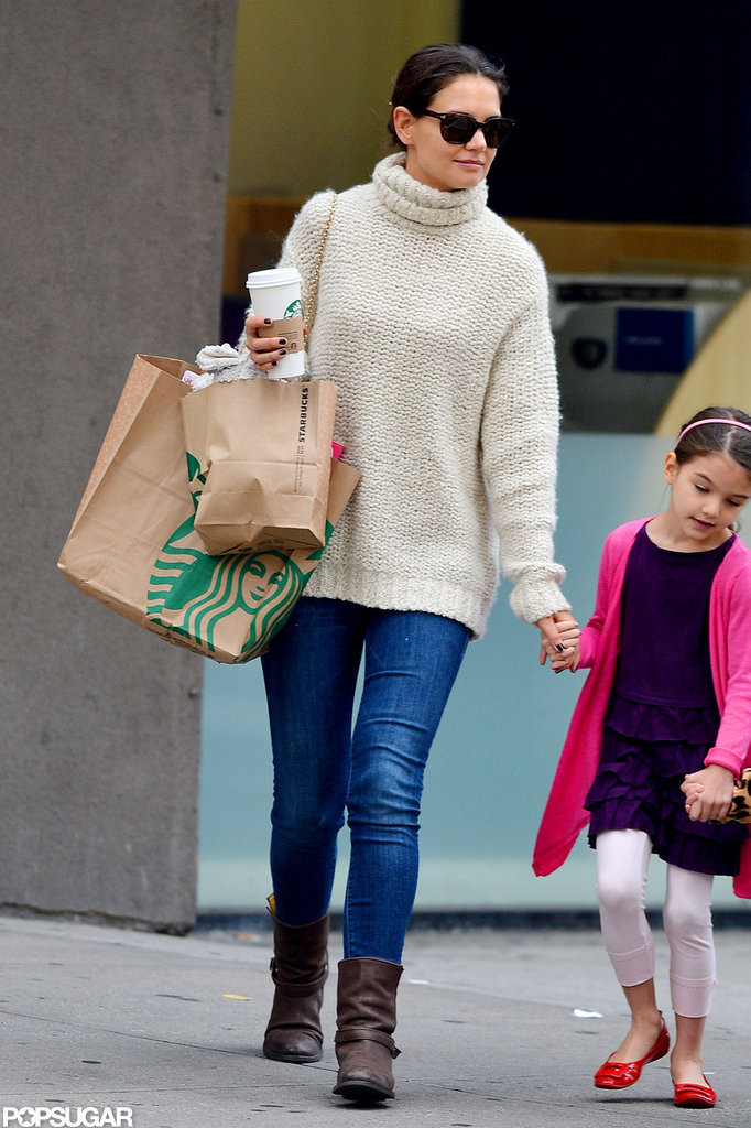 Suri Cruise and Katie Holmes went to Starbucks.
