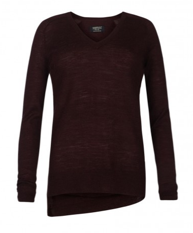Sweaters sometimes make me sad as they are not my favorite wardrobe staple, but an uneven hem and an oxblood hue on this All Saints Wasson Pullover ($135) keeps this one chic and intriguing. — Liza Kaplan, fashion and beauty producer