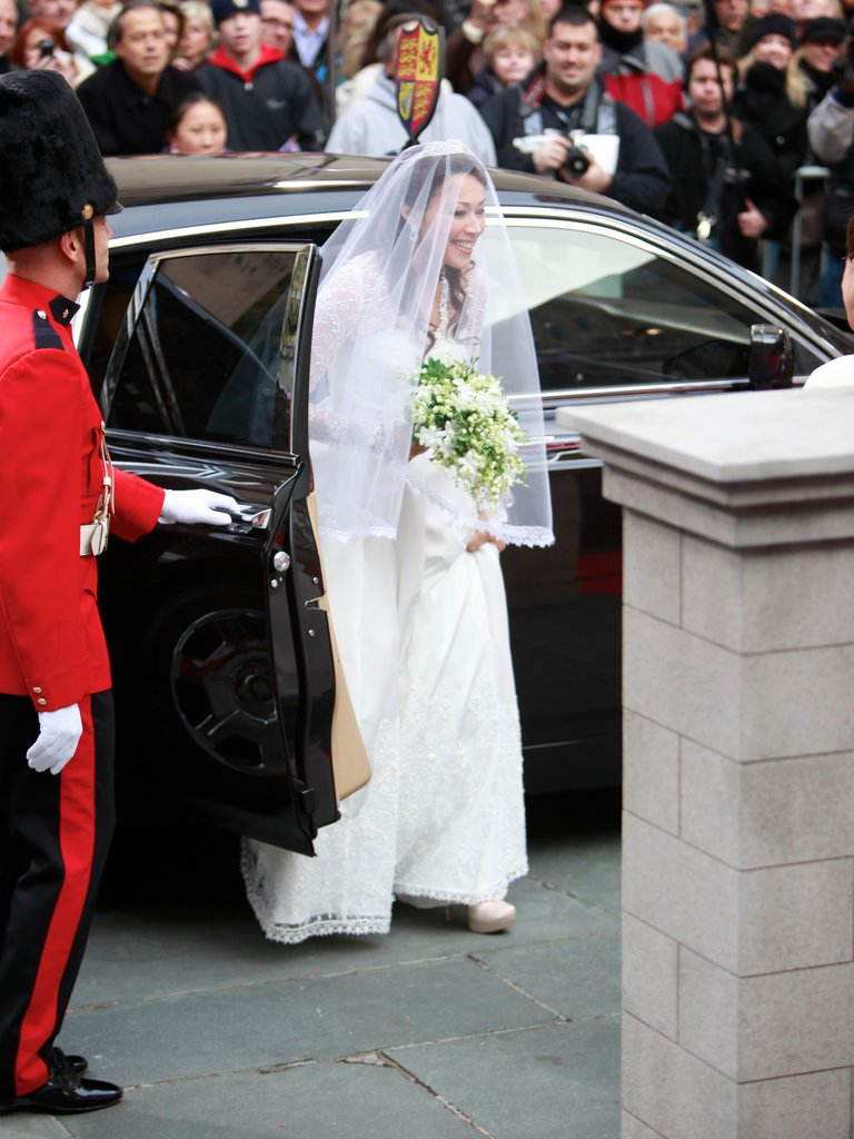 Ann Curry was Kate Middleton, on the royal wedding day, for Today in NYC.
