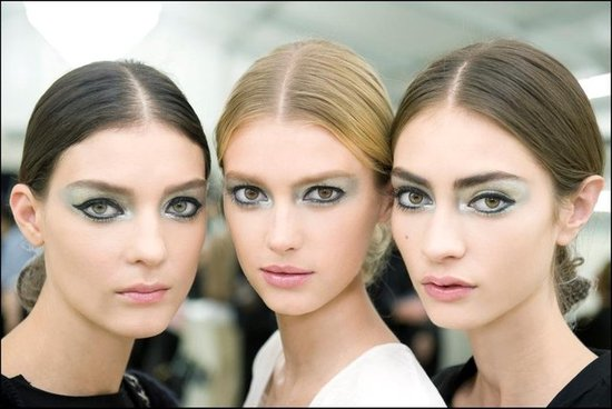 Chanel's Shiny Makeup Look & French Manicure at Paris Fashion Week