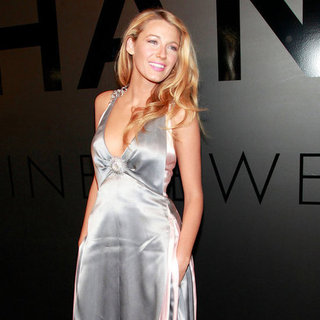 Blake Lively Debuts Her Diamond Ring at NYC Party (Video)