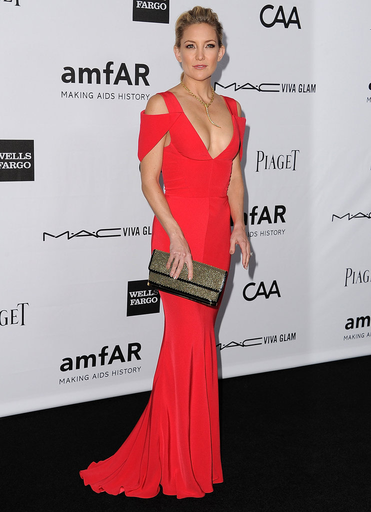 Kate Hudson chose a red gown to attend the event in LA.