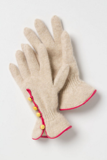 Is it just us or are these Anthropologie Pyreness driving gloves ($38) not only cute, but very Downton Abbey-esque too?