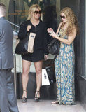 Jessica Simpson shopped with friends.