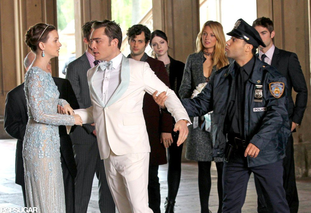 Gossip Girl actors Leighton Meester and Ed Westwick filmed in NYC.