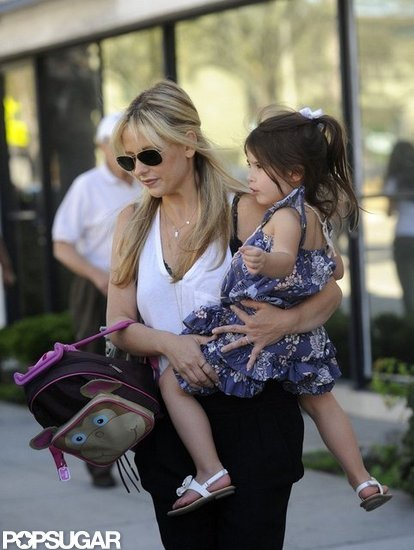 Sarah Michelle Gellar gave Charlotte Prinze a lift in LA.