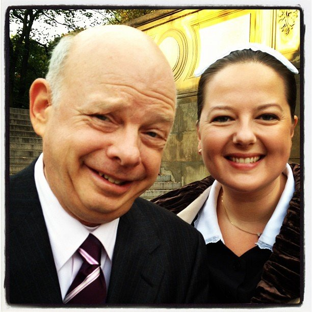 Wallace Shawn and Zuzanna Szadkowski smiled for Kelly Rutherford on the Gossip Girl set. Source: Instagram user kellyrutherford