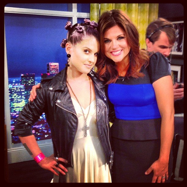 "Kelly Osbourne ""fanned out"" when she met her teenage idol, Tiffani Thiessen. Source: Instagram user kellyosbourne"